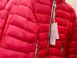 Куртки, ветровки, безрукавки - лот на мальчиков и девочек - фото 2