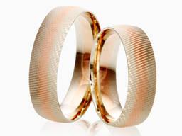 Обручальные кольца с комбинированными цветами золота