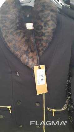 Сток молодёжной стильной одежды итальянского производства